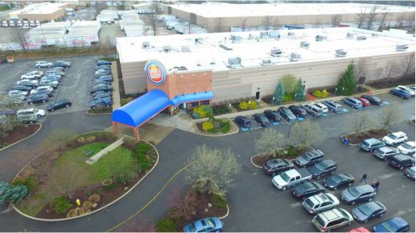 Dave & Buster's Ground Lease